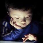 Дигиталният хероин или как екранът превръща децата в психясали наркомани